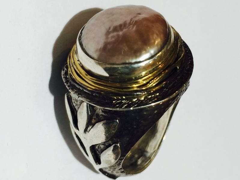 Pearl Stem Ring