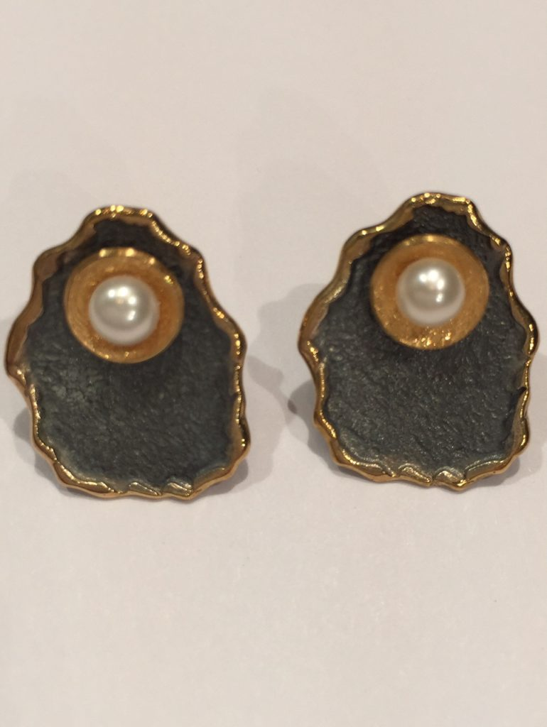 Peal Earring from Stems and Gems