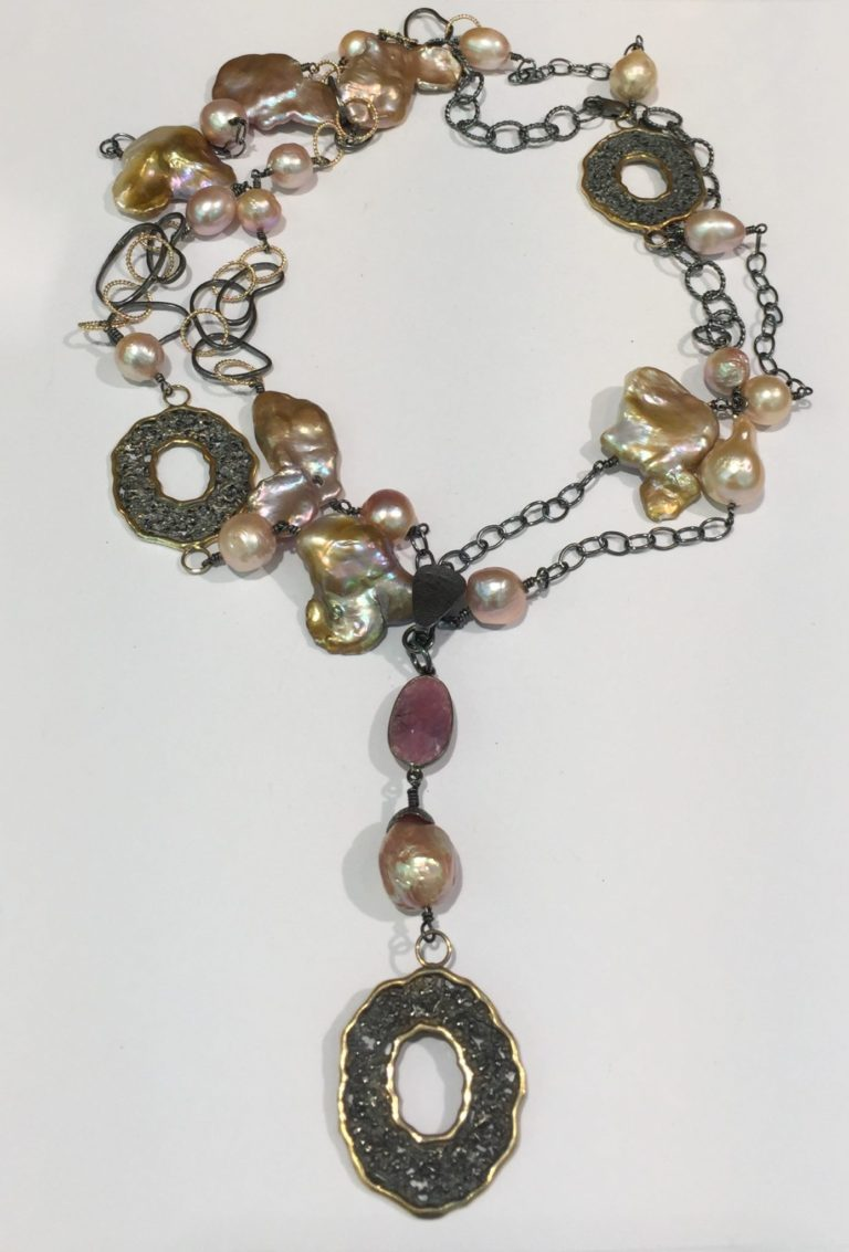 Fresh Water Pearl and Saphire Enhancer Necklace